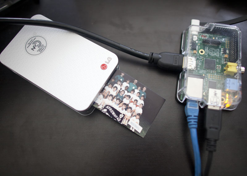 Printing photos wirelessly with Raspberry Pi and a LG Pocket Photo printer